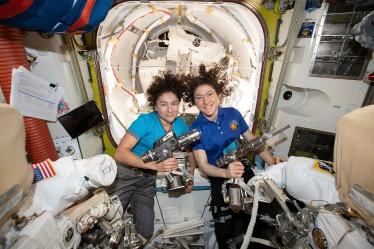 Women in Space 2