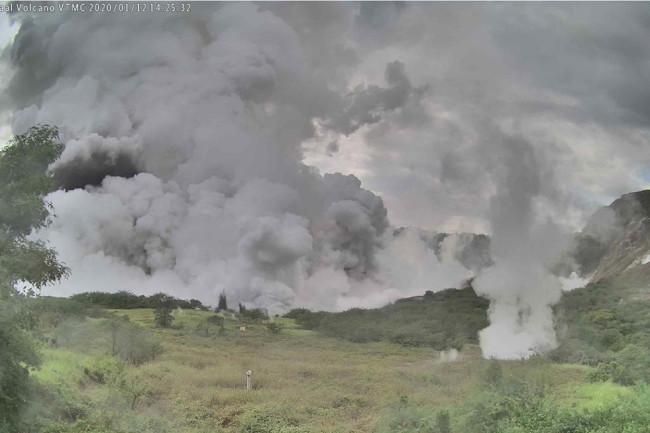 Taal Volcano.jpg